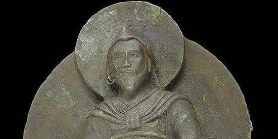 La estatua budista que expoliaron los nazis tiene un origen extraterrestre