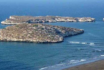 Islas y peñones: nueva estrategia de los traficantes de 'carne humana'