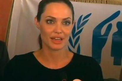 Angelina Jolie se emociona con los refugiados sirios en Jordania