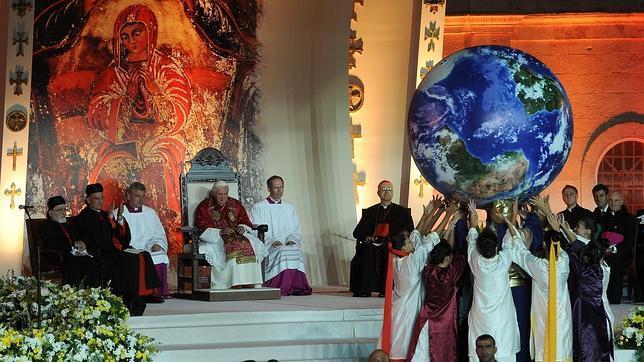 """Papa: """"Que Dios conceda a Siria y a Oriente Medio el silencio de las armas"""""""