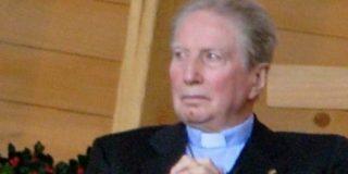 """""""La Iglesia debe seguir un cambio radical, empezando por el Papa y los obispos"""""""