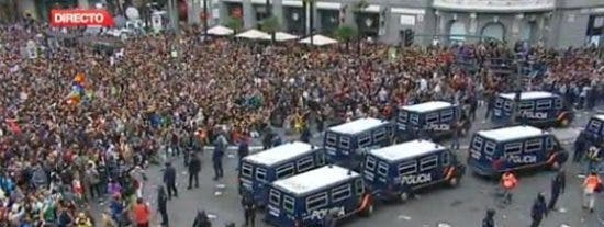 Unas 400 personas apoyan en Palma la acción 'Ocupa el Congreso' de Madrid