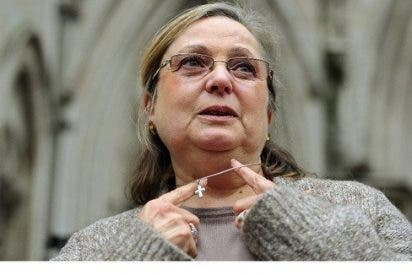 Cuatro cristianos ingleses denuncian discriminación laboral por motivos religiosos