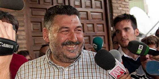 El alcalde, imputado en el caso del vídeo erótico de la concejal