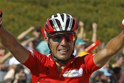 'Purito' da un golpe de autoridad y bate a Contador en el Puerto de Ancares