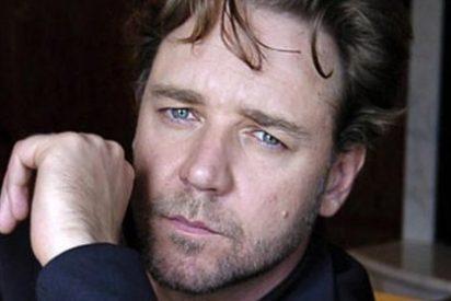 Russell Crowe, rescatado por los guardacostas tras perderse con su kayak
