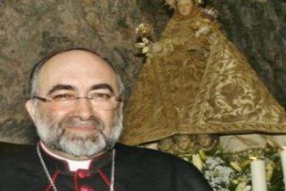 El arzobispo de Oviedo donará cada mes a Cáritas parte de su sueldo