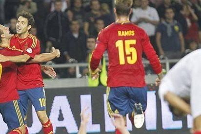 España sufre lo indecible para ganar a Georgia pero se lleva 3 puntos