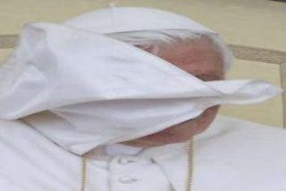 """El Papa pide a los políticos católicos que busquen el bien común como """"hijos de la Iglesia"""""""