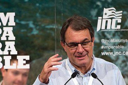 ¿Está jugando con fuego Artur Mas y terminará abrasado?