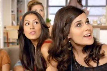 Españolas guapas, gorronas y algo frescas conquistan la televisión británica