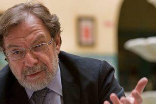 ¿Equivale el sueldo de Juan Luis Cebrián a dos meses de ingresos publicitarios de 'El País'?