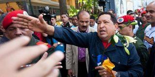 Hugo Chávez gana por cuarta vez las elecciones presidenciales