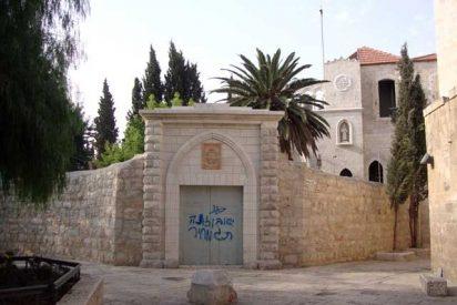 Pintadas contra Jesús en una iglesia de Jerusalén