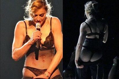 Madonna hace un 'striptease' y enseña el culo en el escenario en apoyo de la niña Malala Yousafzai