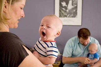 El permiso de paternidad de un mes se aplaza por tercer año consecutivo hasta 2014