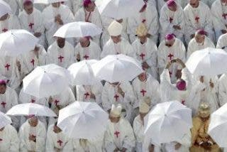 ¿Dos episcopados en dos naciones?