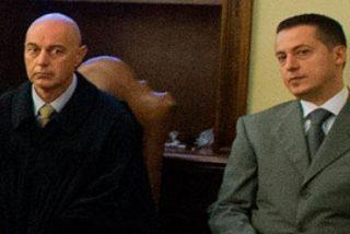 """""""Paoletto"""", condenado a año y medio de cárcel por el robo de textos, pero no por su filtración"""