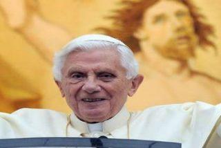 Benedicto XVI regresó al Vaticano