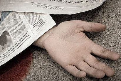 ¿Ha muerto el negocio del Periodismo y ya sólo resta enterrar los diarios de papel?