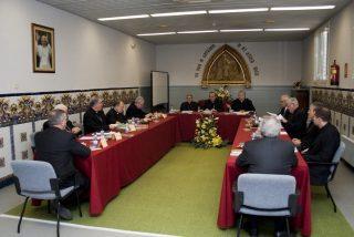 """Los obispos catalanes replican a la CEE y defienden la """"legitimidad moral"""" de todas las opciones políticas"""