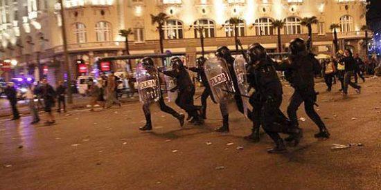 """Isaac Rosa en eldiario.es: """"Que alguien pare la violencia policial"""""""