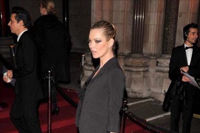 La Kate Moss más pasional se desnuda junto a José María Manzanares