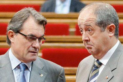 Dos encuestas burlan la ley electoral con muy malas noticias para Artur Mas