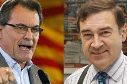 """Casimiro García-Abadillo se encara con Francesc Homs tras anunciar que la Generalitat se querellará contra El Mundo: """"Reproducimos el borrador de la Policía, nada más"""""""