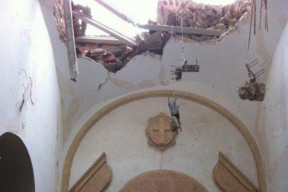 """El obispo de Cartagena, """"sobrecogido"""" por el derrumbe de otra iglesia en Lorca"""