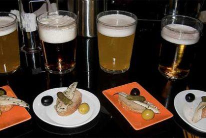 El 'low cost' de cervezas y tapas se impone en la hostelería