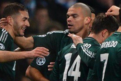 La falta de puntería y el árbitro reducen a un empate el buen partido del Madrid en Manchester