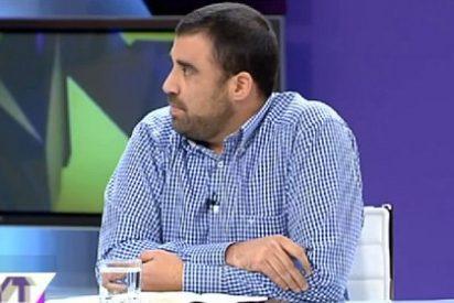 """Daniel Montero critica la peculiar """"ética"""" de Pedro Almódovar: """"Se preocupa por los desahuciados pero bien que mantiene su dinero en SICAV"""""""