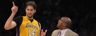 Los Angeles Lakers despiden a Mike Brown y buscan nuevo entrenador para Gasol
