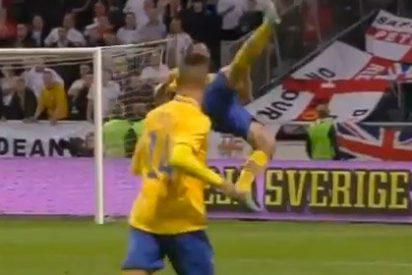 Un estelar Ibrahimovic anota un tanto imposible frente a Inglaterra