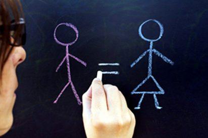 Las asociaciones de mujeres dicen que se ha retrocedido 50 años en materia de igualdad