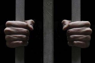 Seis presos visitan la comunidad de Verbo Divino en Dueñas