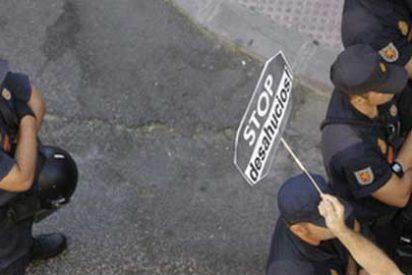 Un hombre se arroja al vacío en Córdoba antes de ser desahuciado por su familia