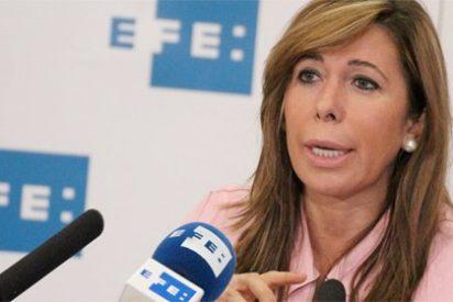 """La exmaestra de catalán de Sánchez-Camacho le pregunta """"si no siente vergüenza"""""""