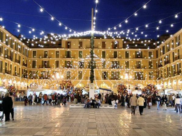 Palma se ilumina otra vez con las luces de Navidad y el brillo de toda nuestra ilusión