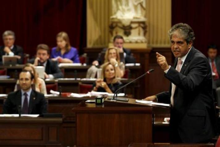 Los nacionalistas ven un ataque frontal con 'misiles' al catalán por el modelo plurilingüe
