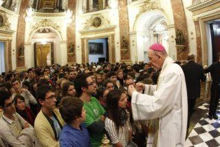 """Cientos de jóvenes valencianos se ofrecen como """"misioneros de la fe"""" para evangelizar en sus propios ambientes"""