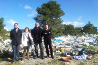 El Consell quiere traer la basura de Europa y no sabe controlar siquiera la que tiene en casa