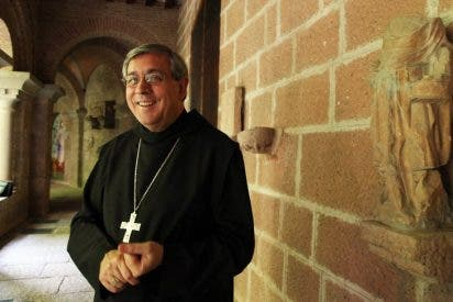 El abad de Montserrat muestra su solidaridad con Pere Casaldáliga