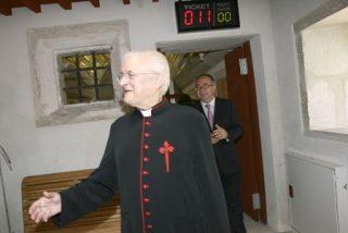 Barrio acepta la renuncia de José María Díaz como deán de Compostela