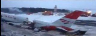 Espectacular aterrizaje forzoso de un Túpolev en una autopista cercana al aeropuerto de Moscú