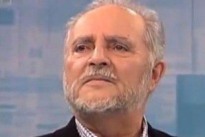 Julio Anguita pega el gran 'patinazo' y acusa en falso a decenas de políticos españoles de tener cuentas en Suiza