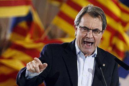 """Artur Mas promete """"lealtad a la Constitución, al Rey y al Estatuto de Cataluña"""" que tanto ha criticado"""