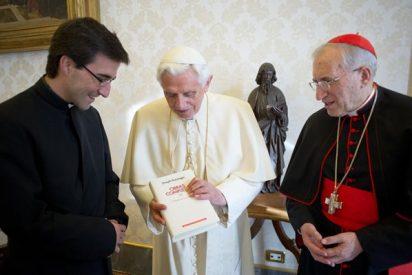 Rouco entrega al Papa el primer volumen de sus obras completas en castellano