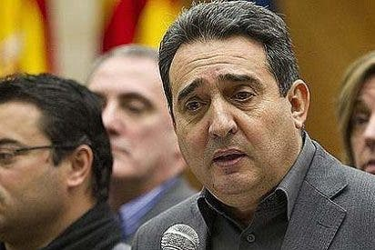 """Manuel Bustos: """"Necesito 1.500 euros para una cosa que hice con un juez"""""""